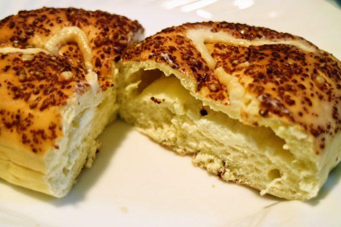 パスコ「香ばしいチーズパン」