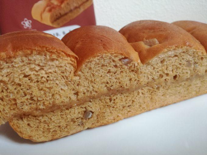 栗味満喫。パスコ「大人の味わい 牛乳パン 渋皮マロンクリーム」